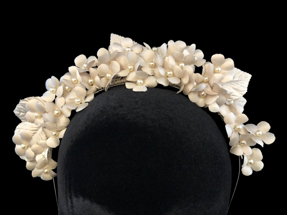 "Style 8098-D  -  2½"" wide Champagne Blush with Oyster Pearl"
