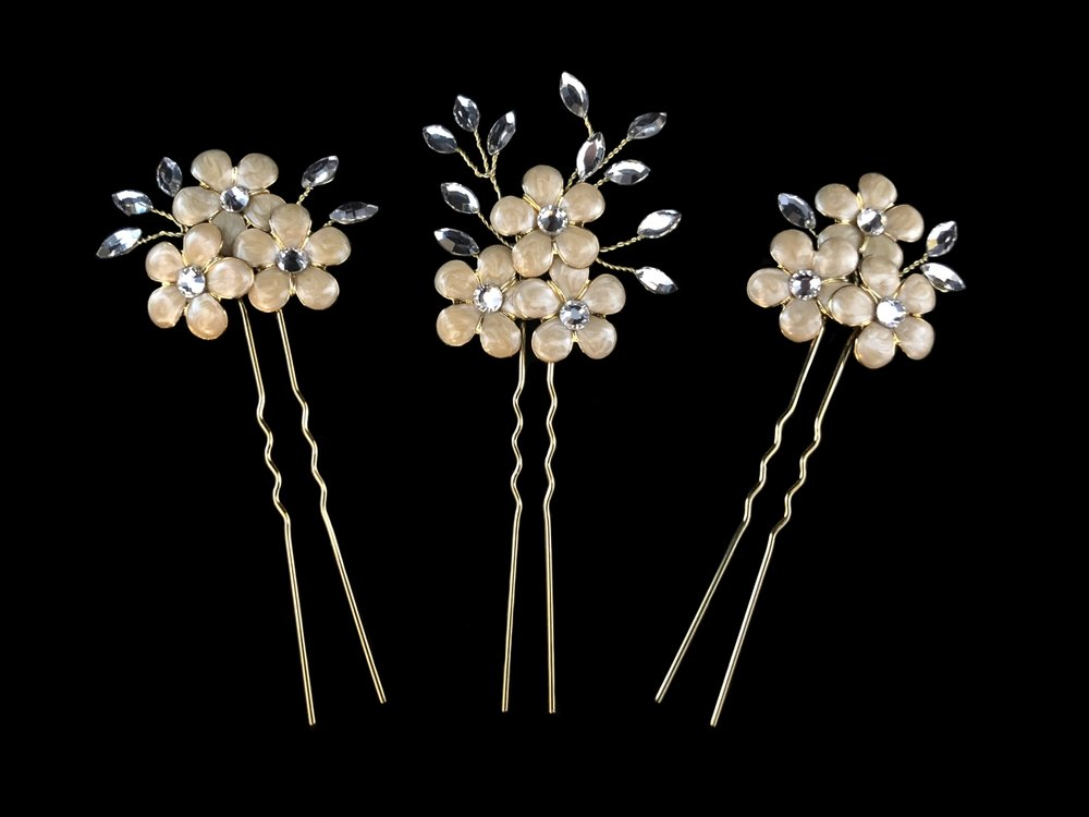 "Style 8101-3-D  -  1¾"" & 1¼"" tall - Gold/Clear - Enameled Flowers"