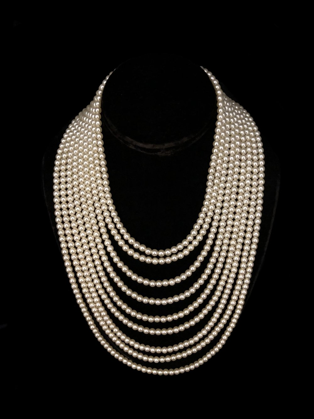 Style 8141NL-D  -  9 Strand 5mm Oyster Pearls