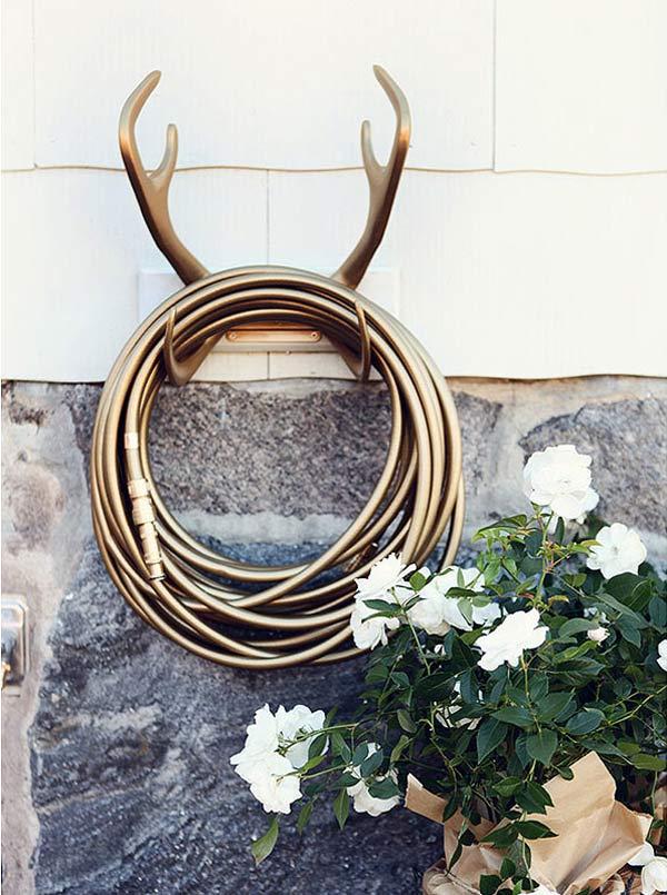 antler-hose-hanger.-garden-glory.jpg
