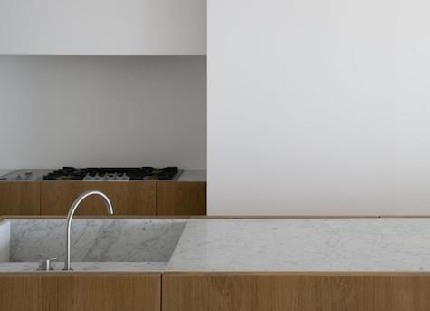 vincent-van-duysen-marble-sink.jpg