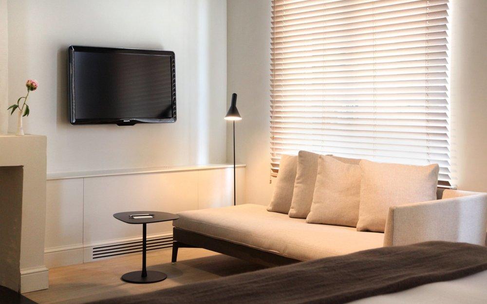 hotel-julien-rooms-background-03_0.jpg