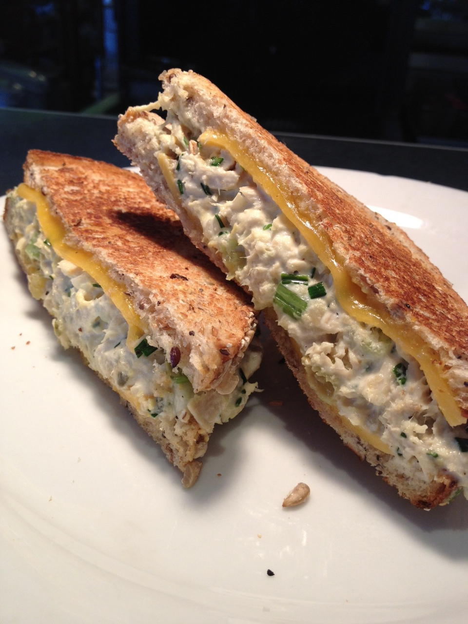 hillside tuna melt pic.JPG