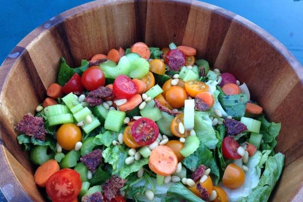 Simple Classic Salad