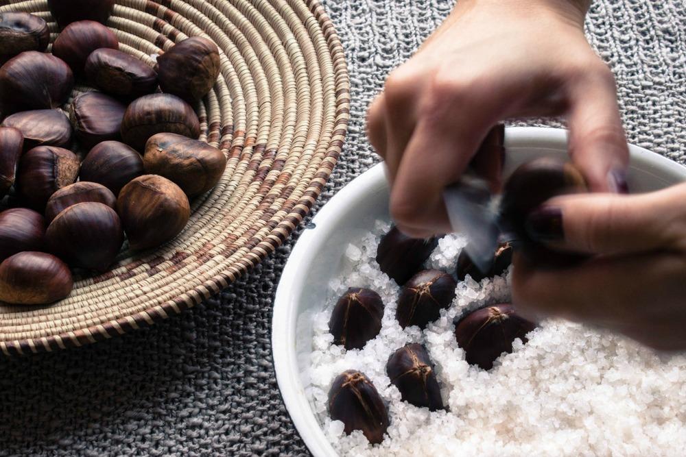 salt roasted chestnuts :: my blue&white kitchen