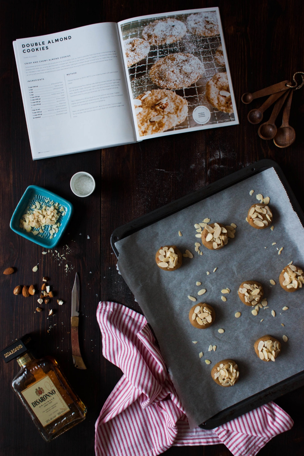 Almond Cookies with Amaretto | My Blue&White Kitchen