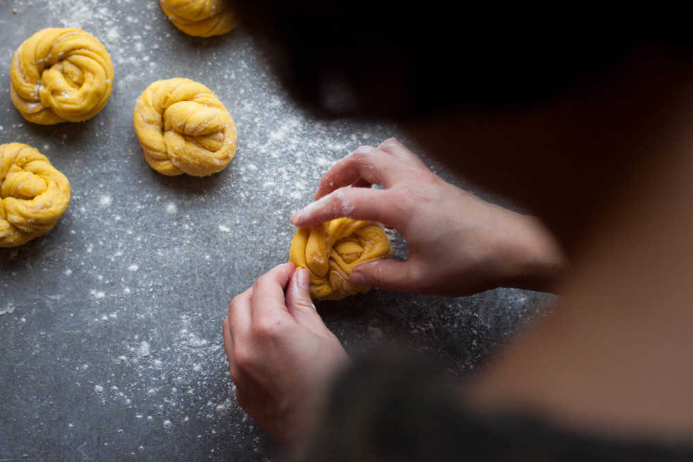 Saffron Knots with Orange Almond Filling | My Blue&White Kitchen