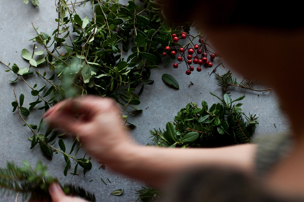 Wreath Making | My Blueu0026White Kitchen