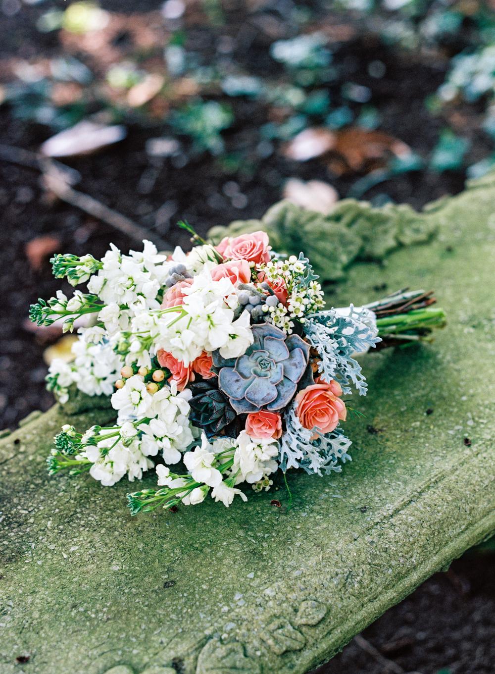 Romantic peach and white bridal bouquet