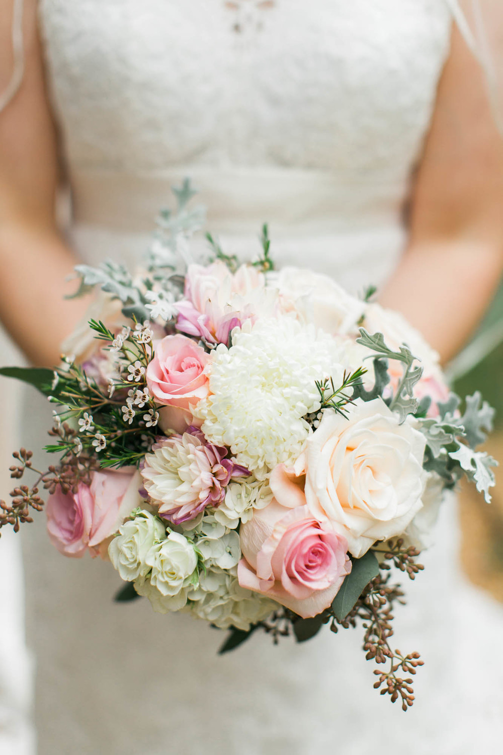 Soft pink, blush, and cream bride's bouquet