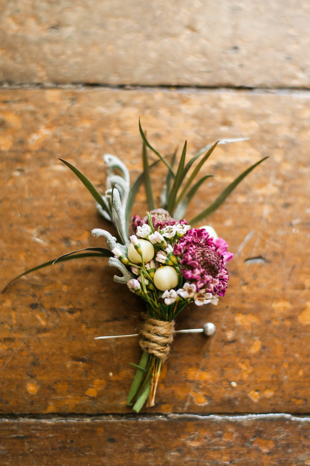 Rustic Boutonniere // Nashville Wedding Florist