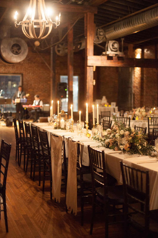 Head table // Nashville Wedding Florist