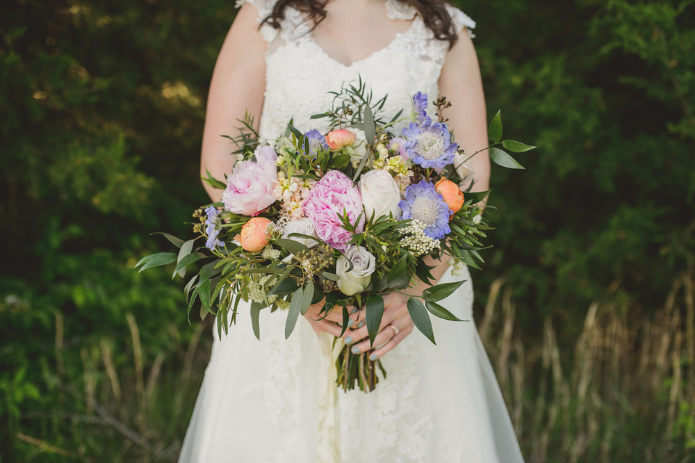 Colorful bridal bouquet // Nashville Wedding Inspiration
