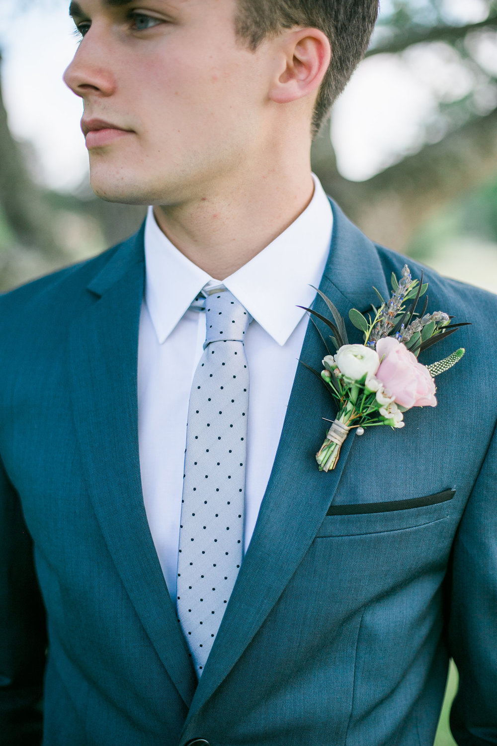 Rustic Groom Boutonniere // Nashville Backyard Wedding