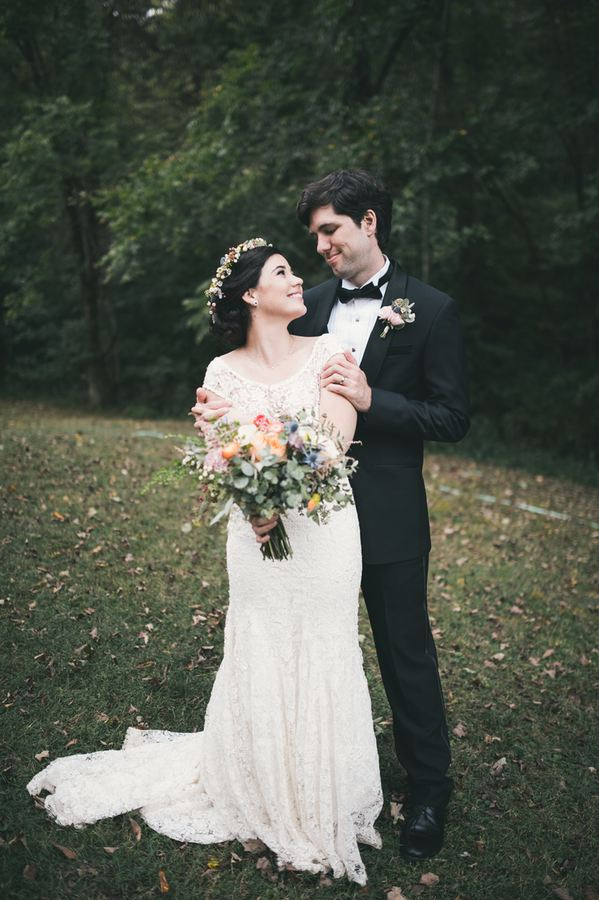 Lake House Wedding with Wildflowers and Loose greenery // Nashville Floral Design