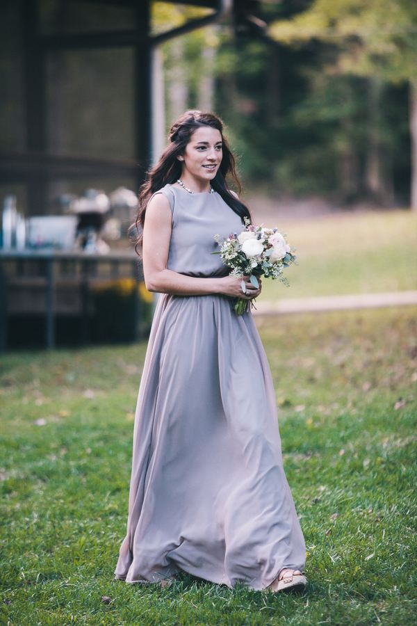 Neutral Bridesmaid Look