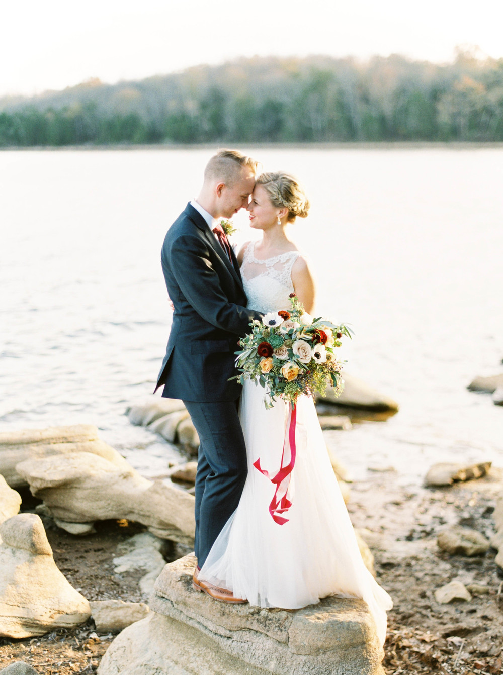 Newlywed Lakeside Portraits // Nashville Wedding Florist
