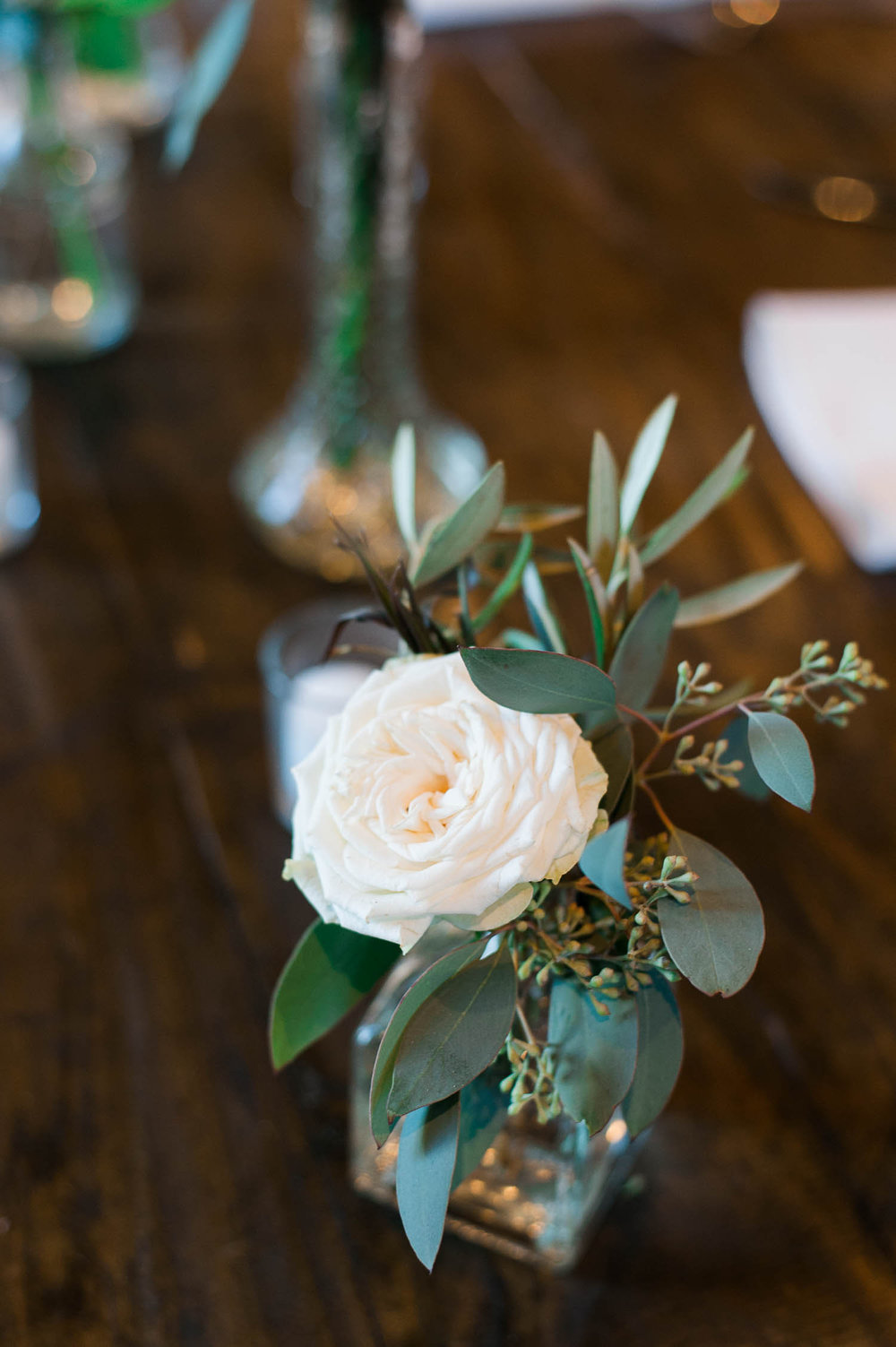 Simple bud vase // Nashville Wedding Florist