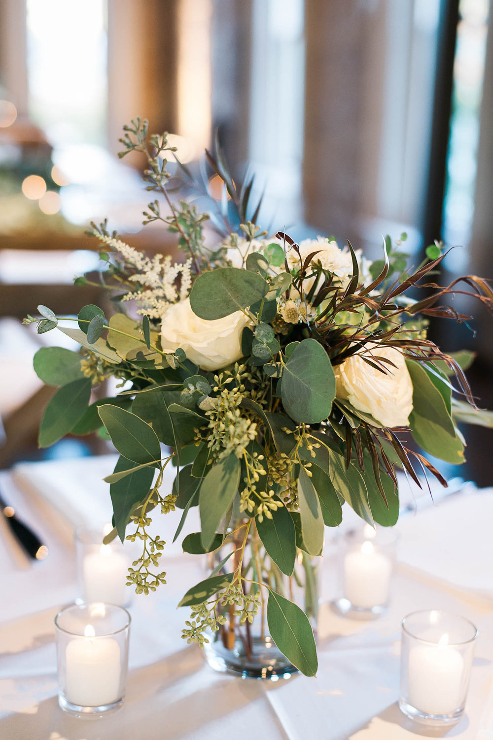 Loose, organic floral design // Destination Wedding Florist