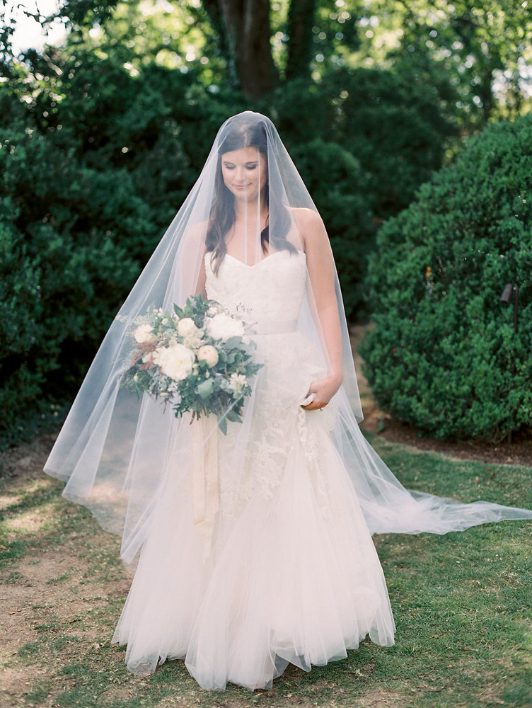 Ethereal bridal look // Upscale Nashville Wedding Floral Design