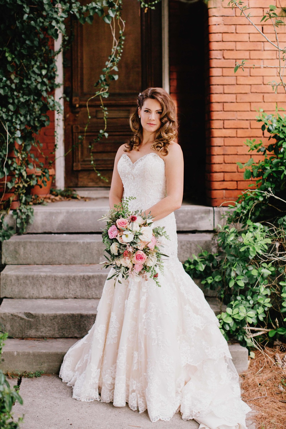 Classic Bridal Portrait at the Cordelle in Nashville // Wedding Florist in TN
