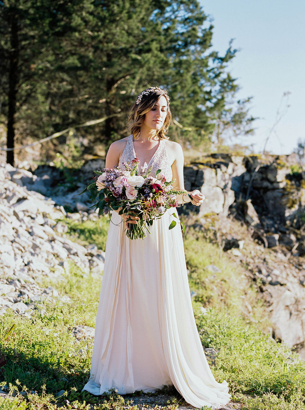 Mountain bridal portraits // Lavender and magenta florals