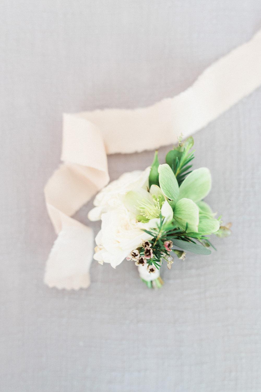 Natural, neutral boutonniere // Nashville Wedding Florist at Travellers Rest