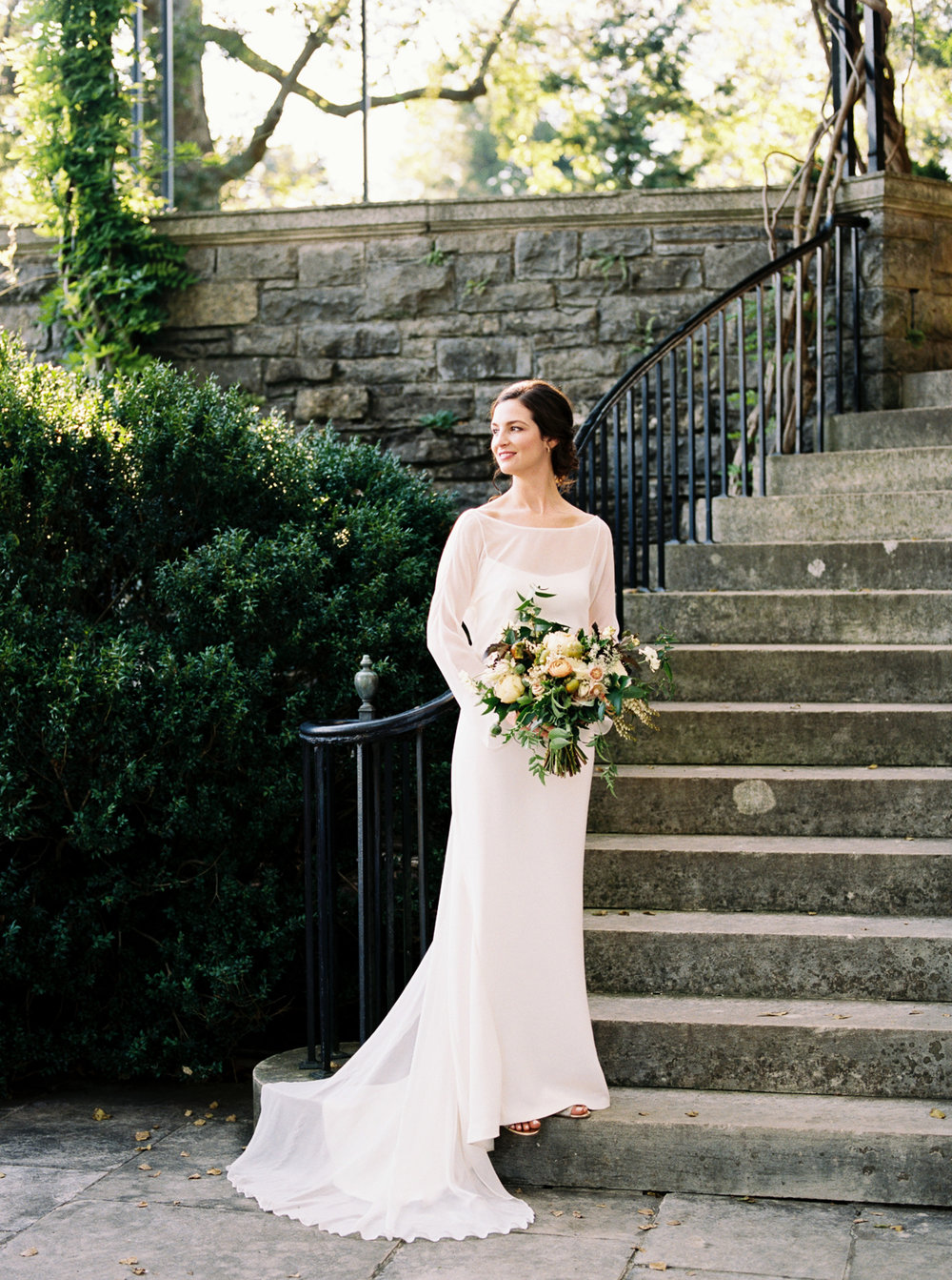 Architecture Inspired Garden Wedding // Natural Floral Design in Nashville