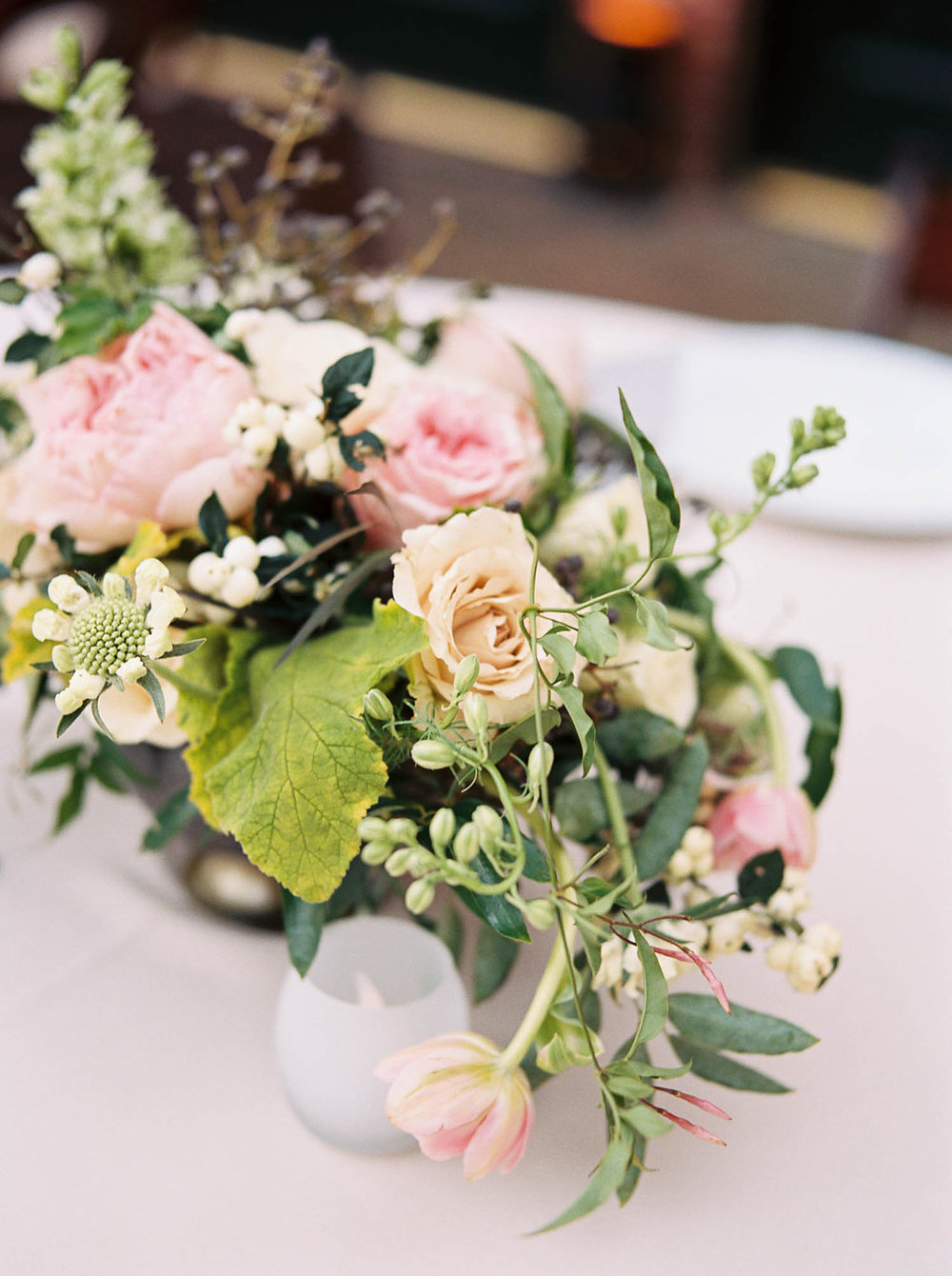 Cheekwood Botanical Garden Wedding // Blush and greenery centerpiece