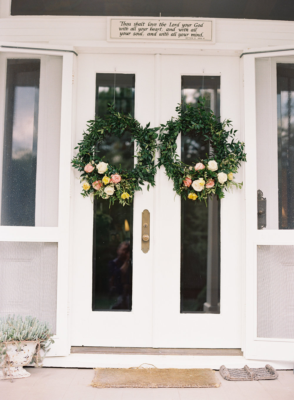 Front door wreaths for a family home wedding  // Nashville Wedding Floral Design