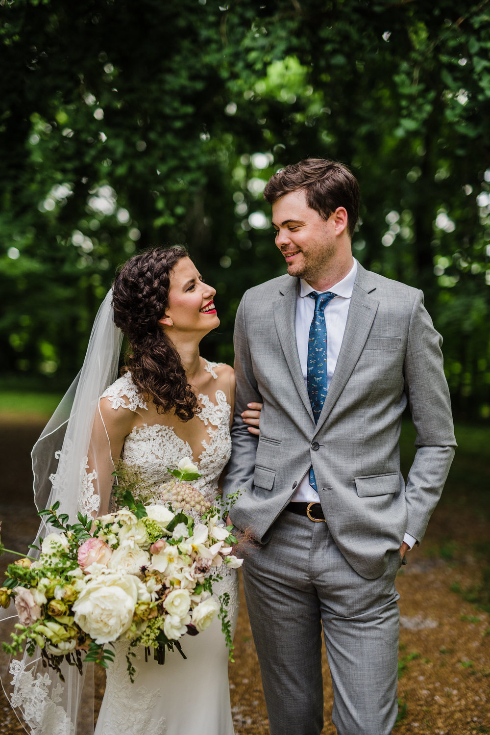 Art Deco Garden Party Wedding at Travellers Rest, Nashville // Southeastern Wedding Floral Design