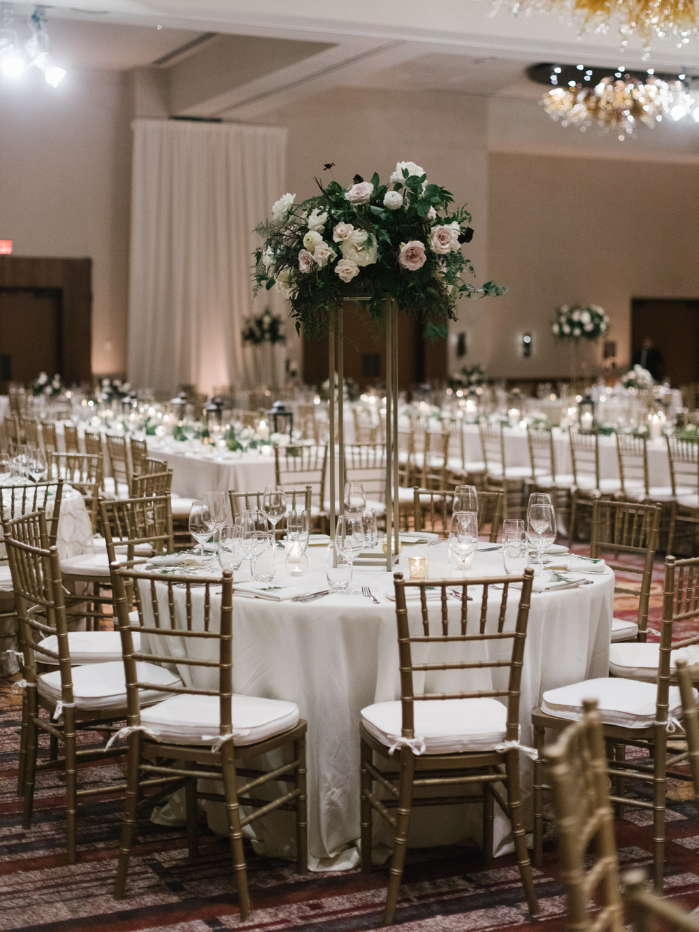 Ballroom reception // Nashville Wedding Florist