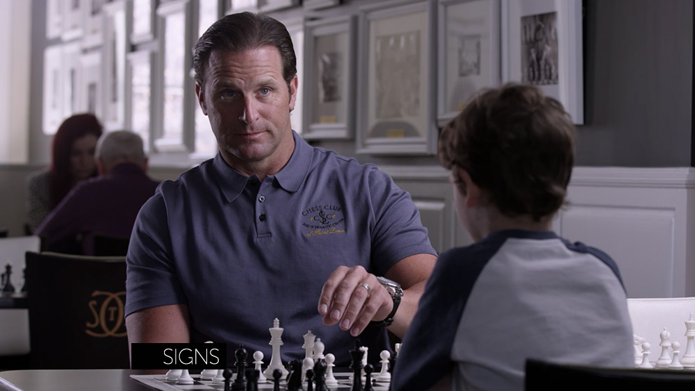 St. Louis Chess Club — Signs