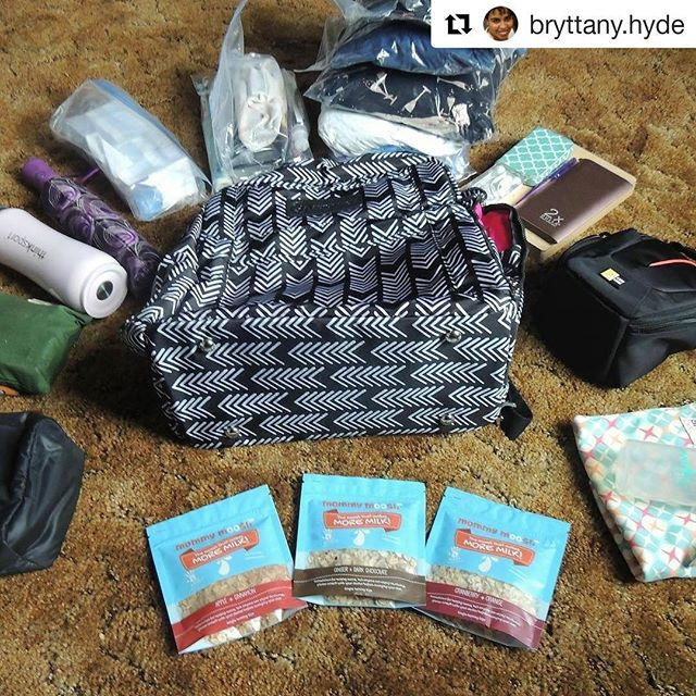 We're excited to follow Bryttany as she heads to #blogher17! Check out her feed - she's an awesome example of a #realmom 😁 & her family is adorable as well, which doesn't hurt 😉❤ #Repost @bryttany.hyde ・・・ That is a little better! . I like packing in vacuum bags because it helps make more room for other awesome thing! . What are your packing tips? . . #hustleorhyde #packingtips #headingaway #firsttimeaway #bloglinkinprofile #pumpingmom #alwaysmorethanineed #beprepared #mommyblogger #lifestyleblogger #mommymoosli #sponsored #oatmealcookies #justintime #momlife #firstimeaway
