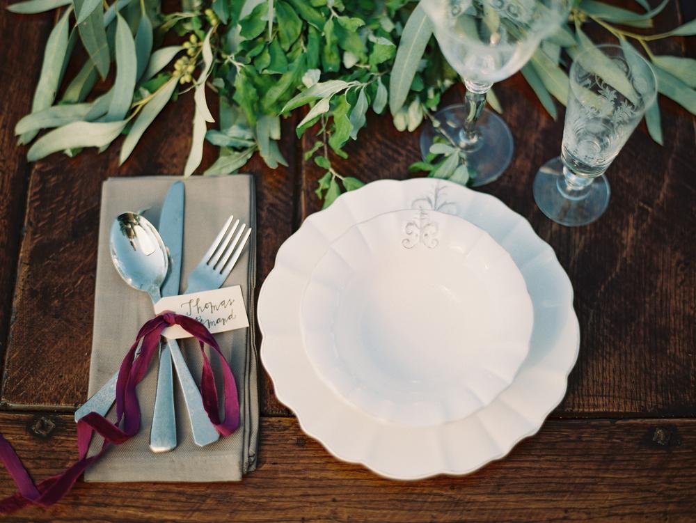 anthropologie-white-plates