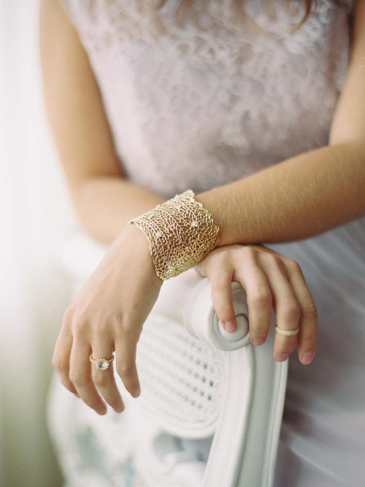 kira-kira-gold-cuff