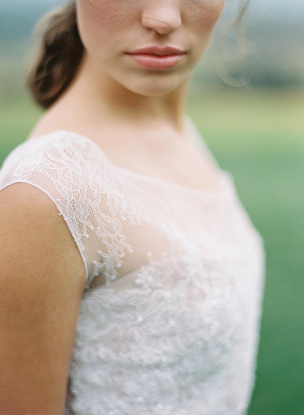 white-wedding-dress