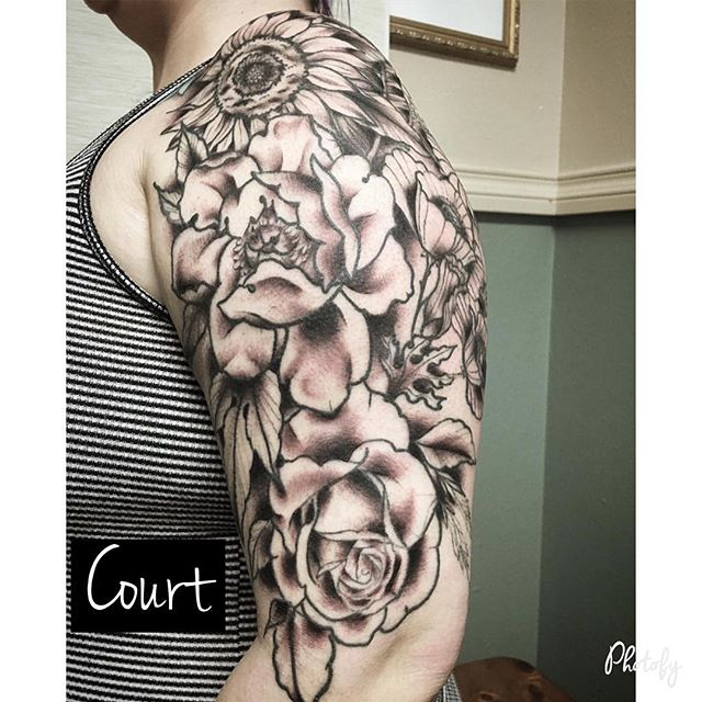 Floral sleeve by Court Color to come! @court_land_ Courtneylandrusart@gmail.com 360-694-2663 • • • #ladytattooers #floralsleeve #flower #flowertattoo
