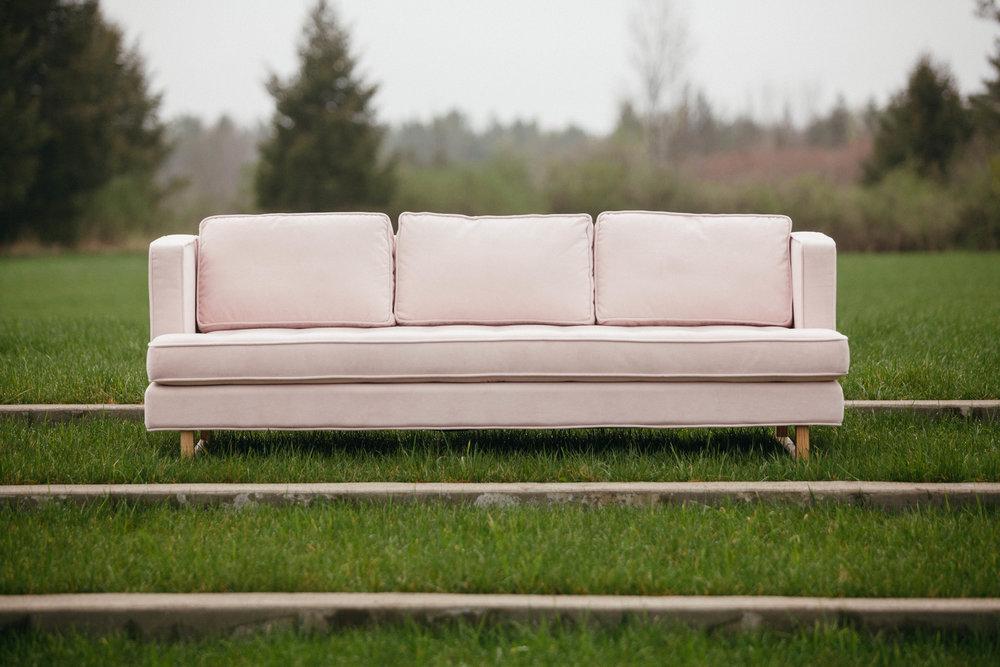 aubrey_sofa_pink_velvet