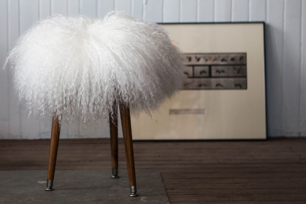 sheepskin_footstool