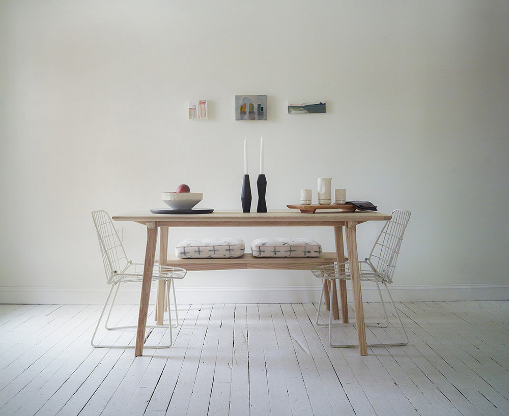 scandinavian_dining_table