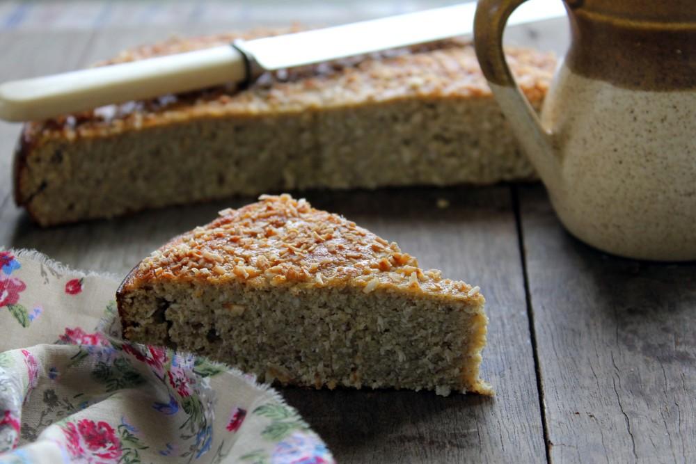 Banana coconut breakfast cake w/ coconut flour — bonnie delicious