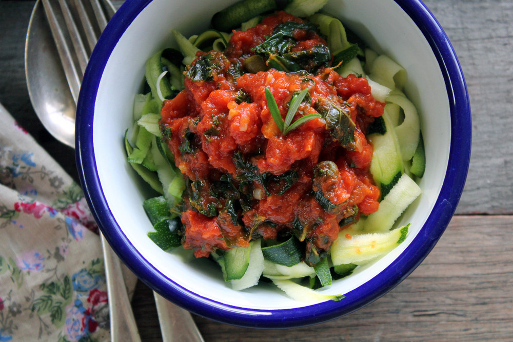 Rich tomato sauce w/ kale, anchovies & capers