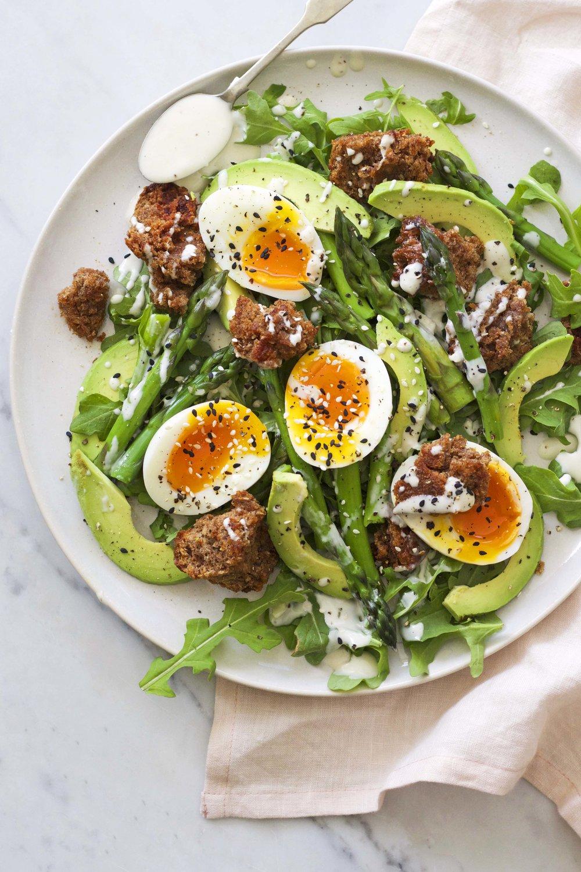 blog_asparagus rye croutons avocado salad.jpg