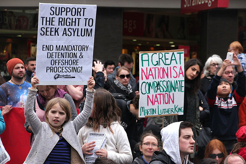 Support the Right to Seek Asylum  by Takver/ cc