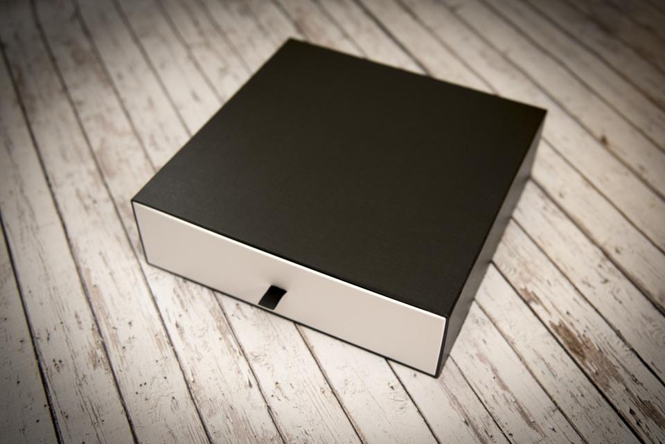 Robert Roscigno Photography - Luxury album packaging