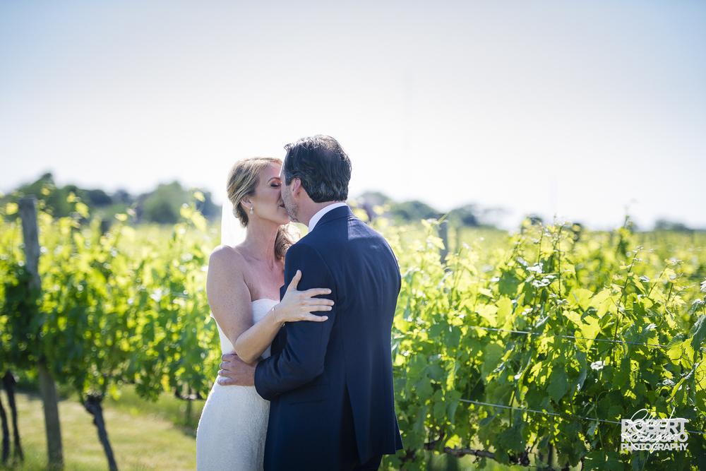 macari-vineyards-wedding-robert-roscigno-photography-firstlook-long-island-5