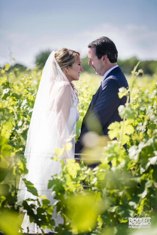 macari-vineyards-wedding-robert-roscigno-photography-firstlook-long-island-love