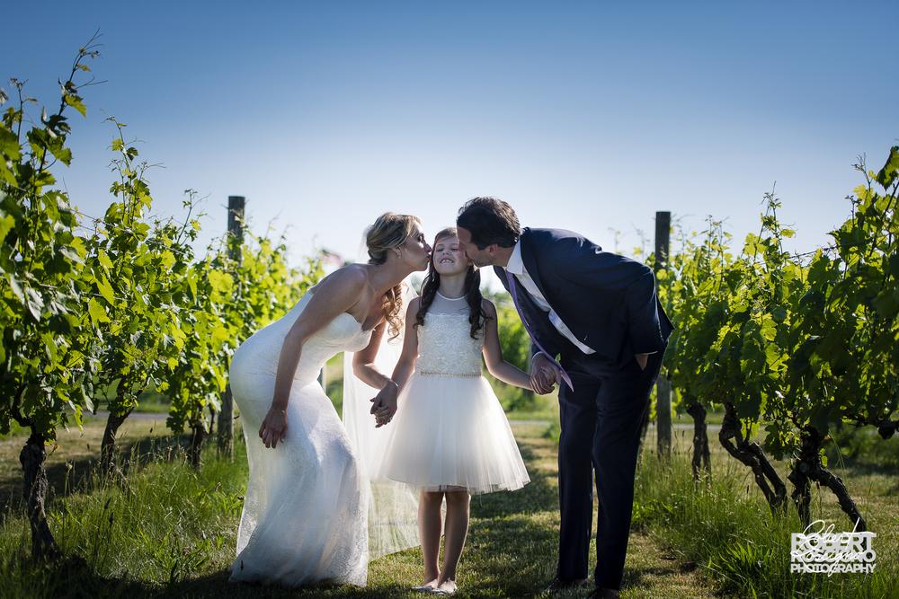 macari-vineyards-wedding-robert-roscigno-photography-family-flowergirl
