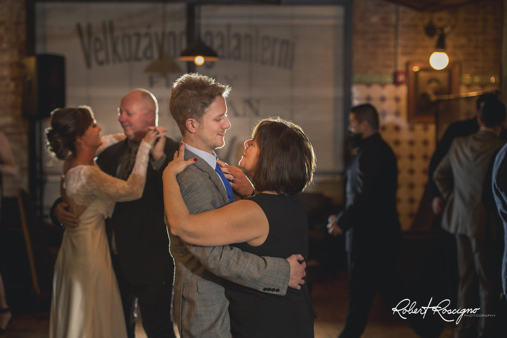 new-jersey-wedding-photographer-robert-roscigno-photography-hoboken-koloklub21.jpg